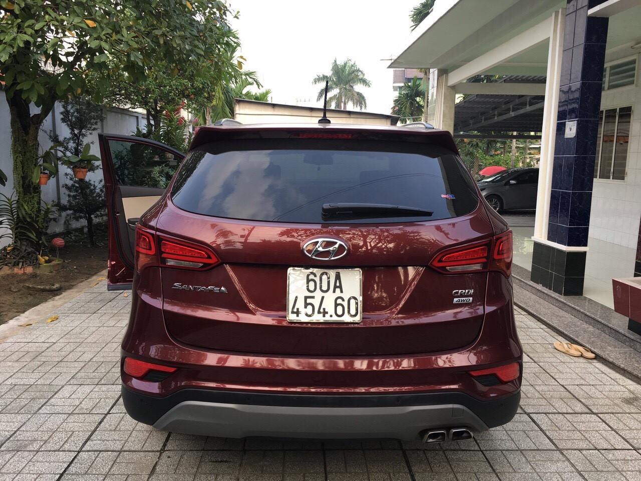 Xe Hyundai SantaFe 2017 Máy Dầu Đã Qua Sử Dụng