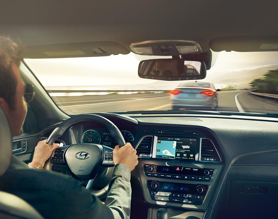 Lái xe ô tô an toàn trong thành phố cho người mới chạy.